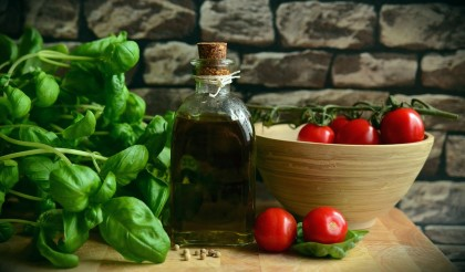 connection between diet and hearing loss - fresh ingredients